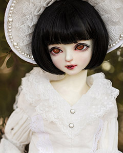 """Ling Wei"" of the ""Myou Doll"", main image."